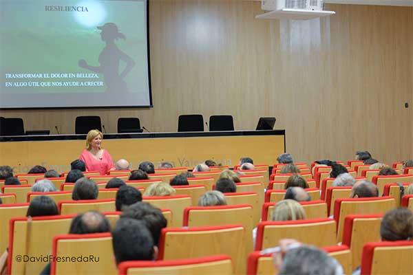 Vídeo de la conferencia de Merçè Roura: El autoconocimiento como camino al éxito personal