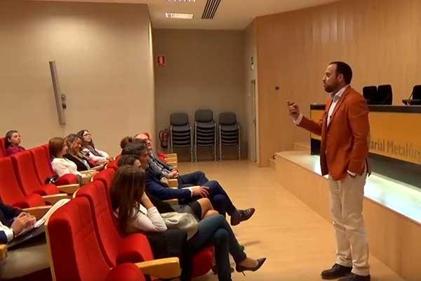 """Vídeo de la conferencia de Miguel Ángel Díaz: Cómo usar tu inteligencia emocional en eventos de networking"""""""