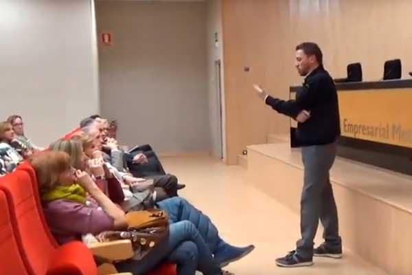 Vídeo de la conferencia de José Boquet. Un viaje de superación.