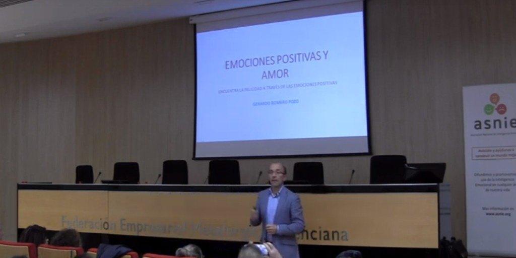 Emociones positivas y amor: Encuentra la felicidad a través de las emociones positivas.